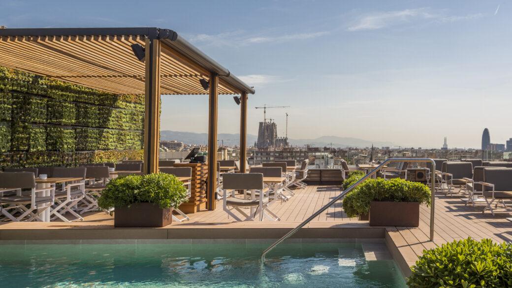 La Dolce Vitae La Terraza Del Hotel Majestic Barcelona